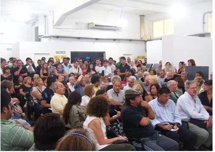 http://2.bp.blogspot.com/-M4fDIux7FPg/T3N-hZq8ERI/AAAAAAAAAF4/SQdgnwZ-0r4/s1600/interna_web_comuna_4_noticia_1_marzo_4a.jpg